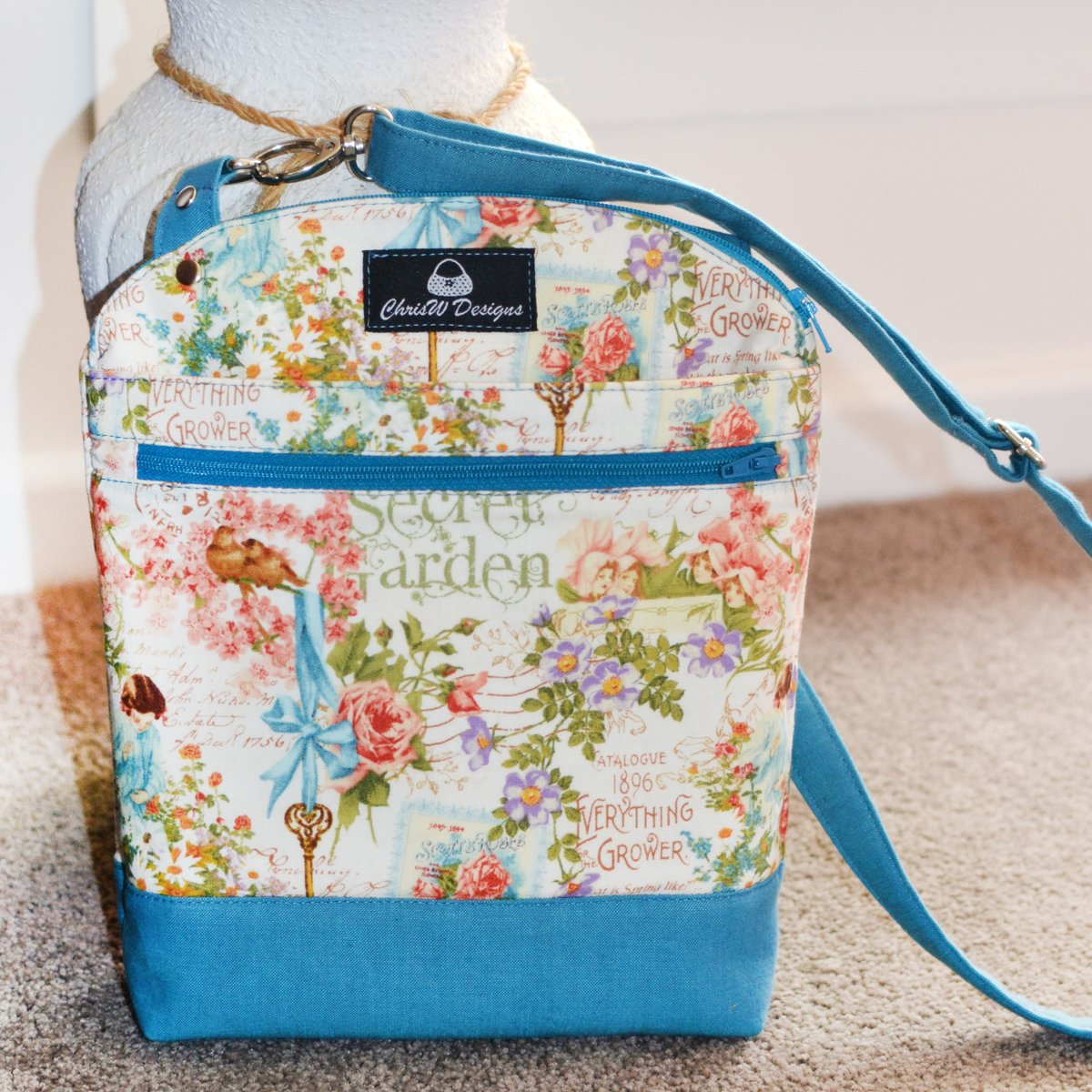 The Serendipity Hip – A ChrisW Designs Designer Bag Sewing pattern